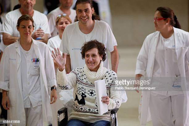 Spanish nurse Teresa Romero arrives for a meeting with the press before she leaves Carlos III Hospital after being discharged on November 5 2014 in...