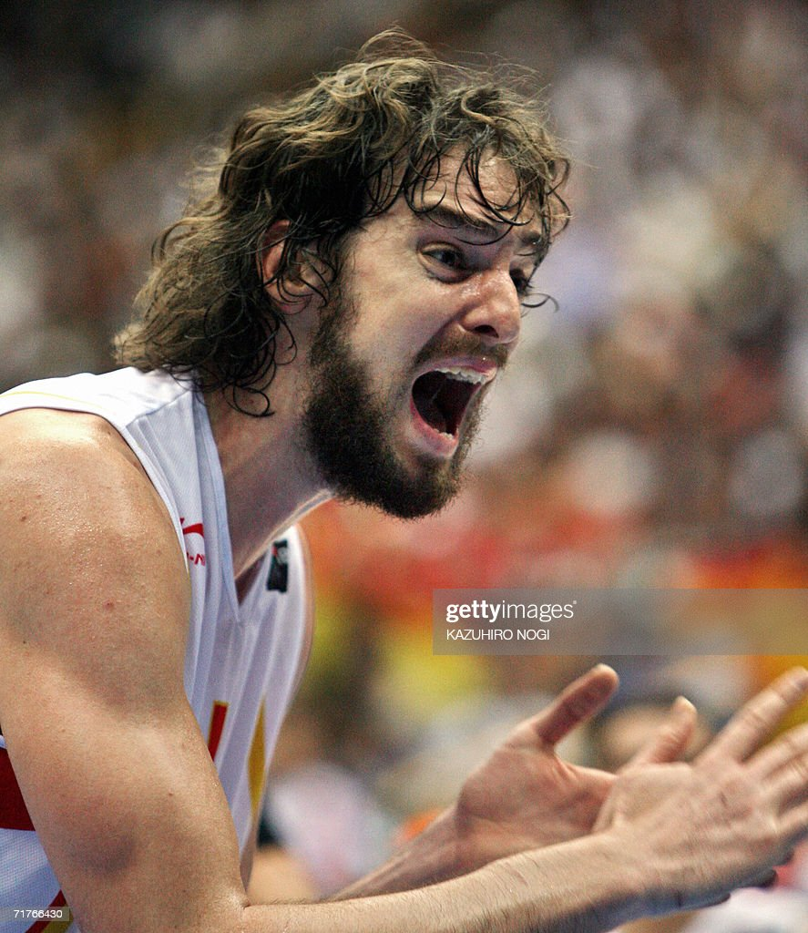 Spanish Pau Gasol reacts to a referee's : ニュース写真