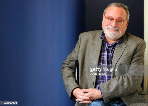Spanish philosopher Fernando Savater poses during a photocall after winning the Planeta literature award in Barcelona on October 16, 2008. The...
