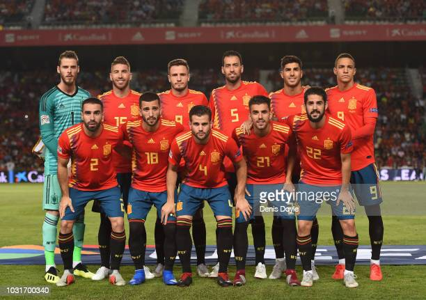 Spanish players lineup for a team photo before the start of the UEFA Nations League A group four match between Spain and Croatia at Estadio Manuel...