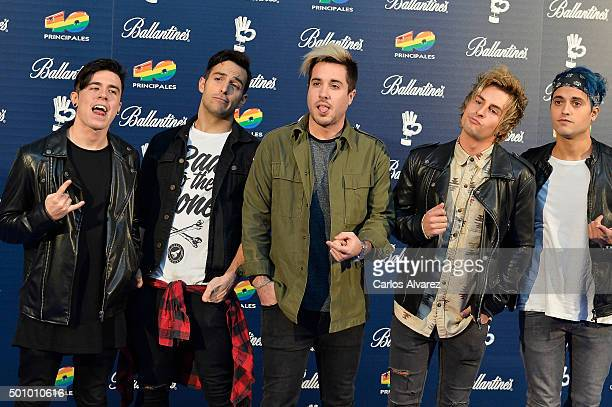 Spanish Pop Rock and Amelie members attends the 40 Principales Awards 2015 photocall at the Barclaycard Center on December 11 2015 in Madrid Spain