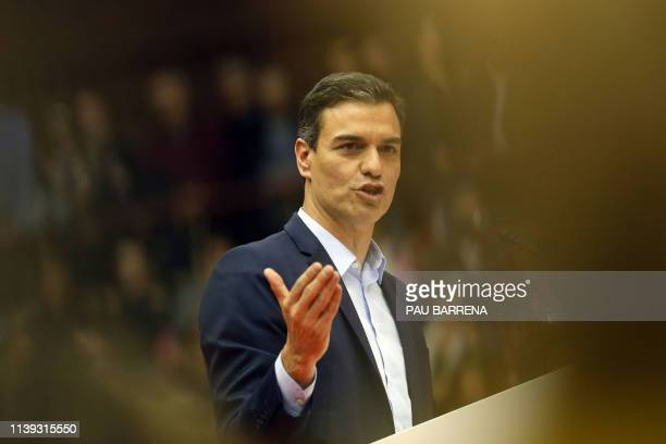 Spanish prime minister and leading candidate for Spanish Socialist Party Pedro Sanchez delivers a speech during a campaign rally in Barcelona on...