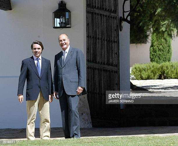 Spanish Prime Minister Jose Maria Aznar and French President Jacques Chirac pose before a meeting at Quintos de Mora in Toledo south of Madrid 11...