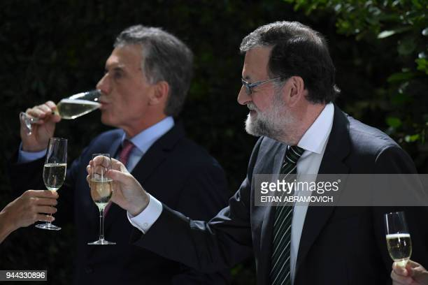 Spanish Prime Minister Mariano Rajoy and Argentinian President Mauricio Macri toast before the official lunch at the Bicentennial museum at the Casa...