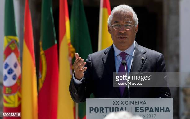 Spanish Prime Minister Mariano Rajoy and Portuguese Prime Minister Antonio Costa during a joint press conference in Casa de Mateus at end of the...