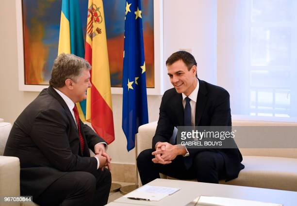 Spanish prime minister Pedro Sanchez and Ukrainian president Petro Poroshenko hold a meeting at La Moncloa palace in Madrid on June 4, 2018.
