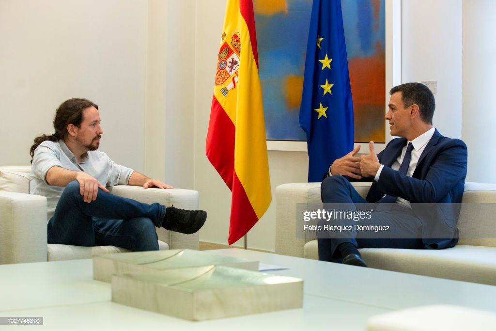 Spanish Prime Minister Pedro Sanchez Meets Pablo Iglesias At Moncloa Palace : News Photo