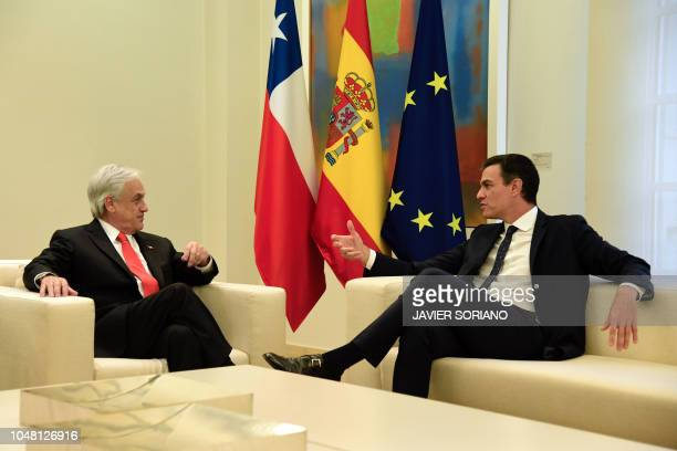Spanish prime minister Pedro Sanchez meets with Chile's president Sebastian Pinera at La Moncloa palace in Madrid on October 9 2018 Chilean president...