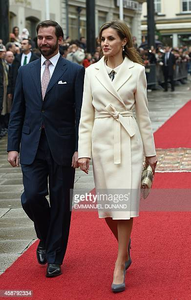 Spanish Queen Letizia walks with Crown Prince Guillaume of Luxembourg during an official welcoming ceremony at the Grand-Ducal Palace in Luxembourg...