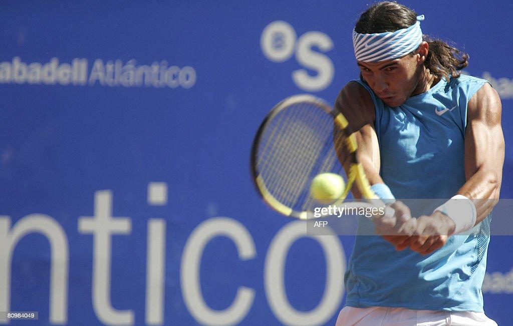 Spanish Rafael Nadal returns the ball to : News Photo