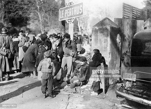 Spanish refugees reach France at the end of the Spanish Civil War.