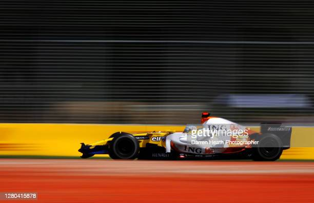Spanish Renault Formula One driver Fernando Alonso drives his Renault RS28 car at the Melbourne Grand Prix Circuit during practice for the 2008...