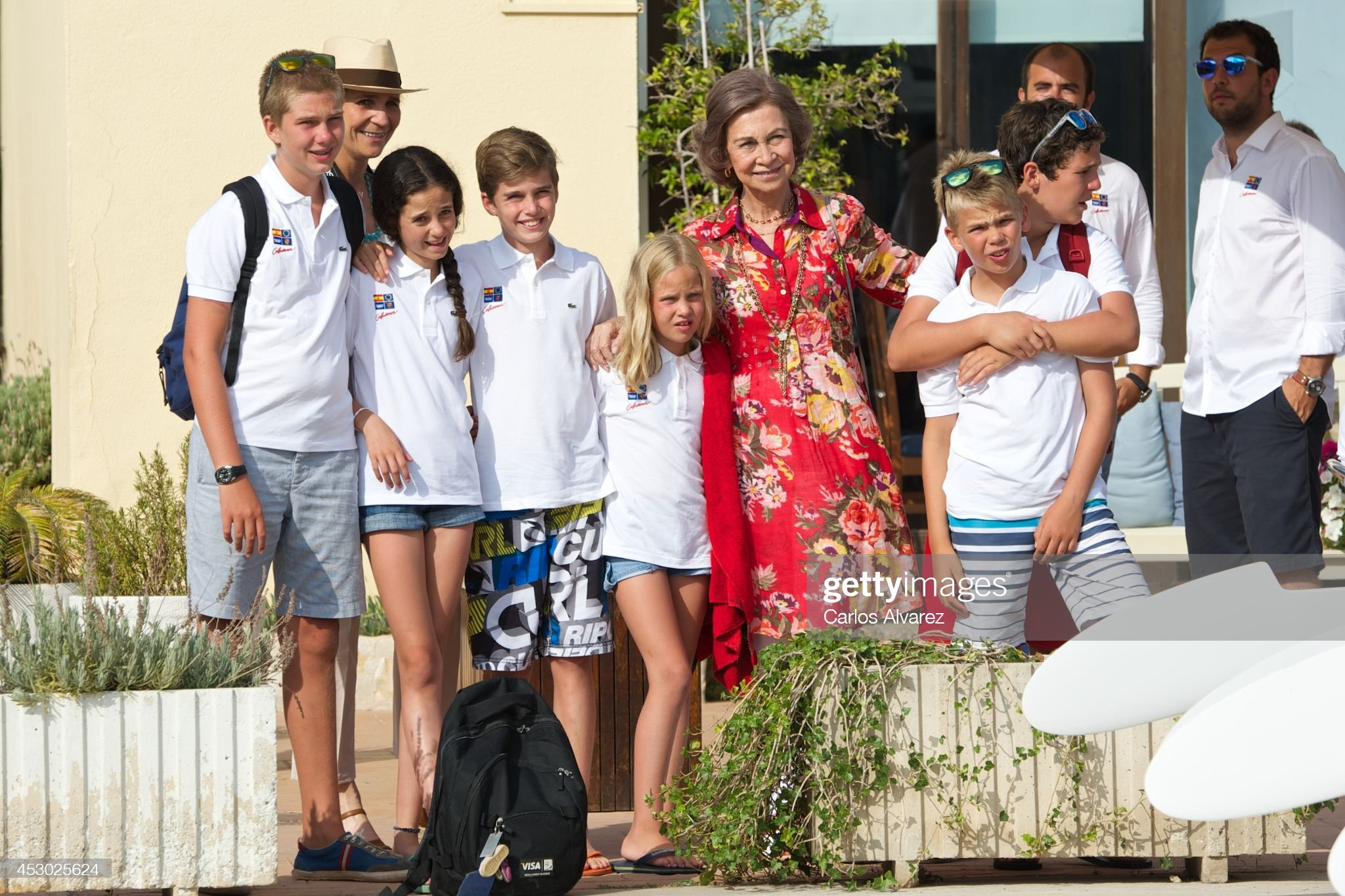 Spanish Royals At The Calanova Nautic Club In Mallorca : Photo d'actualité