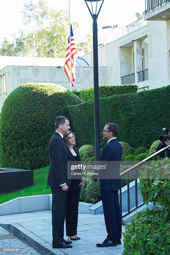 Spanish Royals Sign Book Of Condolences at US Embassy : News Photo