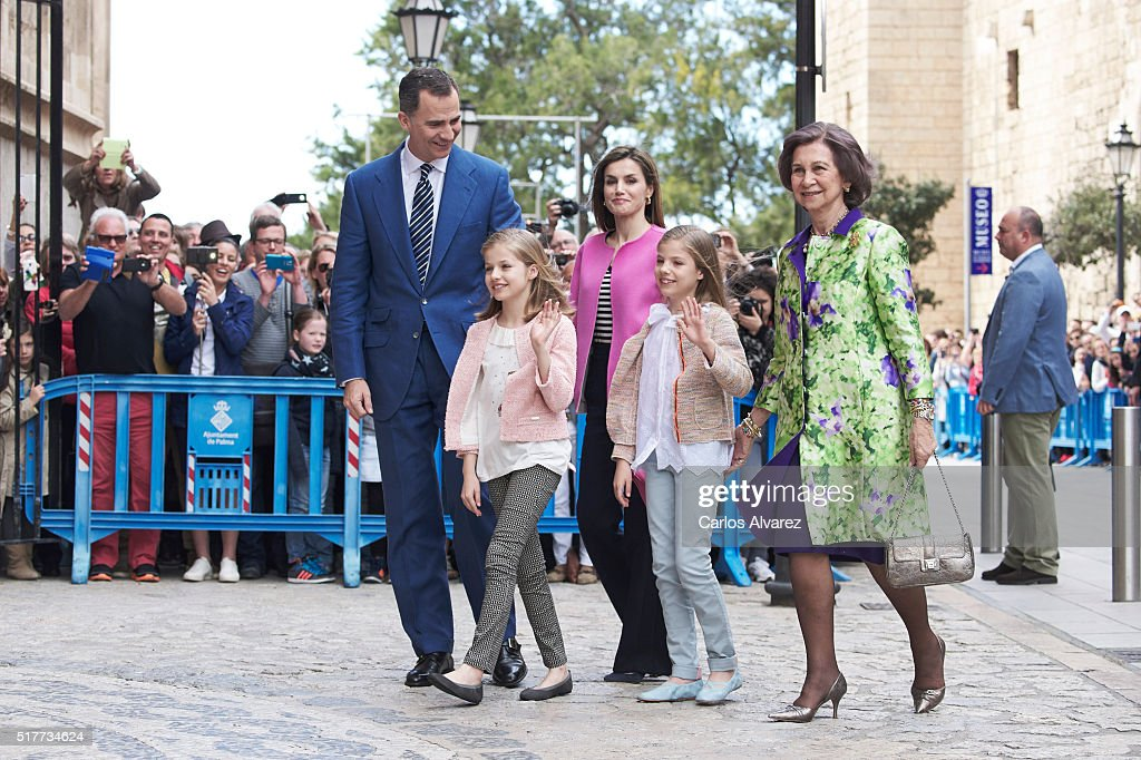 Spanish Royals (L-R) King Felipe VI of Spain, Princess Leonor of Spain, Queen Letizia of Spain, Princess Sofia of Spain and Queen Sofia attend the Easter Mass at the Cathedral of Palma de Mallorca on March 27, 2016 in Palma de Mallorca, Spain.