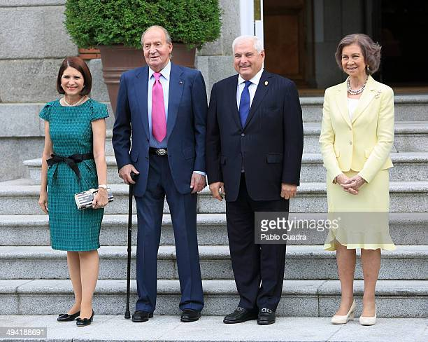 Spanish Royals King Juan Carlos and Queen Sofia Meet President of Panama Ricardo Martinelli and wife Marta Linares de Martinelli at Zarzuela Palace...