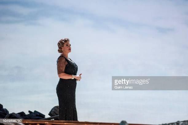 Spanish singer Ainhoa Arteta performs during the dress rehearsal of the Pablo Sorozabal's operetta 'Katiuska' on stage at the Zarzuela Theatre on...