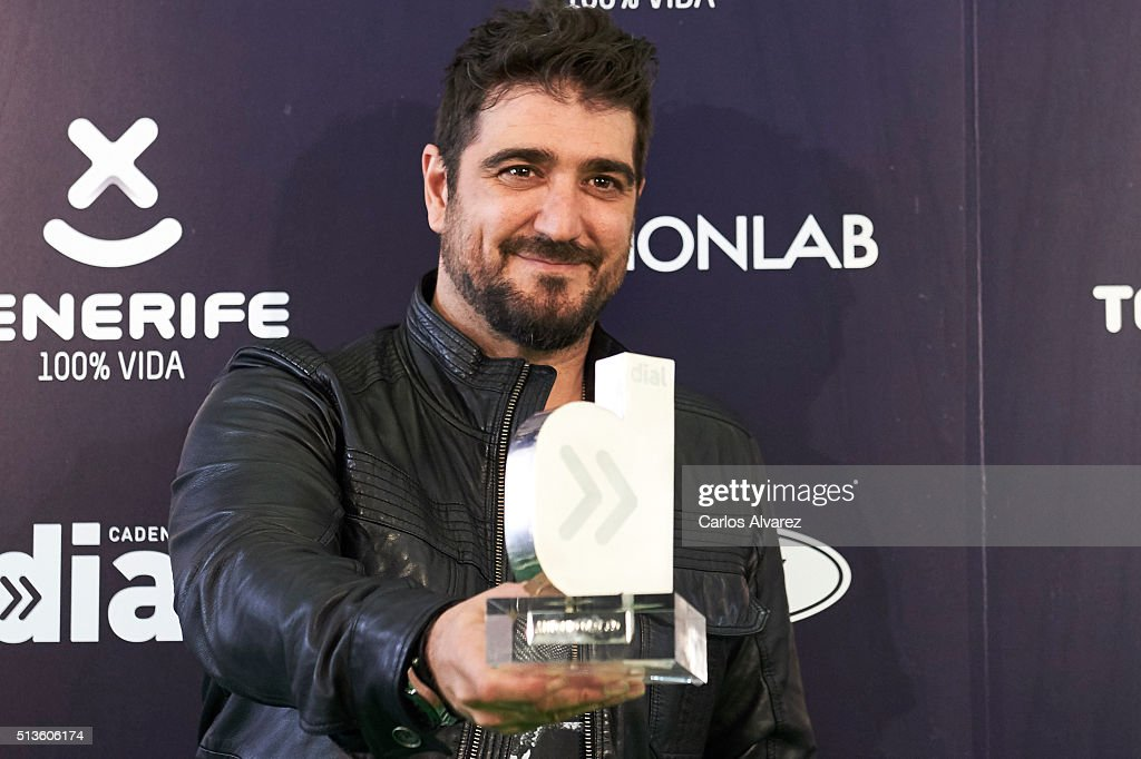 Spanish singer Antonio Orozco attends the 'Cadena Dial' 2015 awards press room at the Recinto Ferial on March 3, 2016 in Tenerife, Spain.