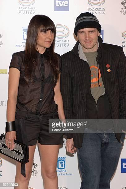 Spanish Singer Eva Amaral and Juan Aguirre attend the Spanish Music Awards at Palacio Municipal de Congresos on May 5 2006 in Madrid Spain