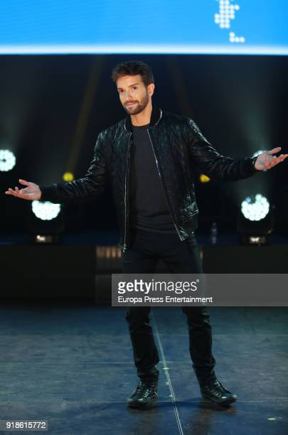 Spanish singer Pablo Alboran attends a press conference to promote his new tour 'Prometo' on February 15 2018 in Arganda del Rey Spain