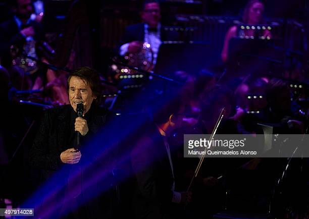 Spanish singer Raphael performs in concert at the Palau de les Arts on November 19 2015 in Valencia Spain