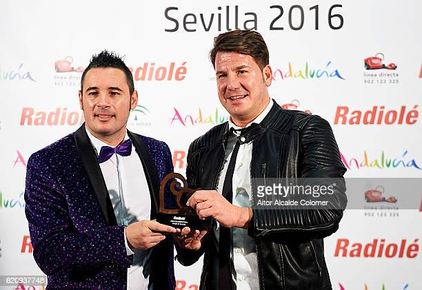¿Cuánto miden Andy y Lucas? - Página 2 Spanish-singers-andy-y-lucas-attends-the-radiole-awards-2016-at-on-picture-id620937748?s=612x612