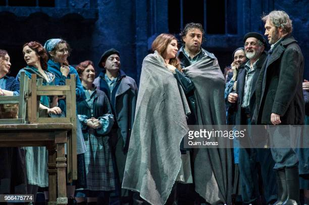 Spanish singers Sabina Puertolas and Antonio Gandia and cast perform during the dress rehearsal of the 'zarzuela' 'La tabernera del puerto' by Pablo...