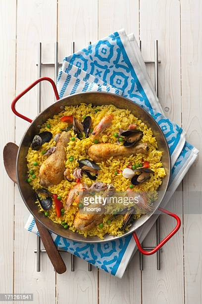 spanish stills: paella - paella stock photos and pictures