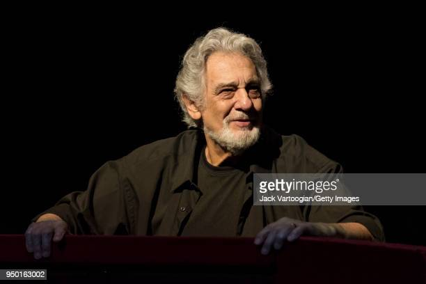 Spanish tenor and conductor Placido Domingo takes a bow as he conducts the final dress rehearsal prior to the season premiere of the Metropolitan...