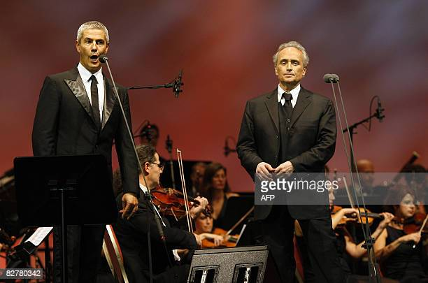 Spanish tenor Jose Carreras and Italian tenor Alessandro Safina perform during their concert in Rotterdam on September 11 2008 The concert is a...