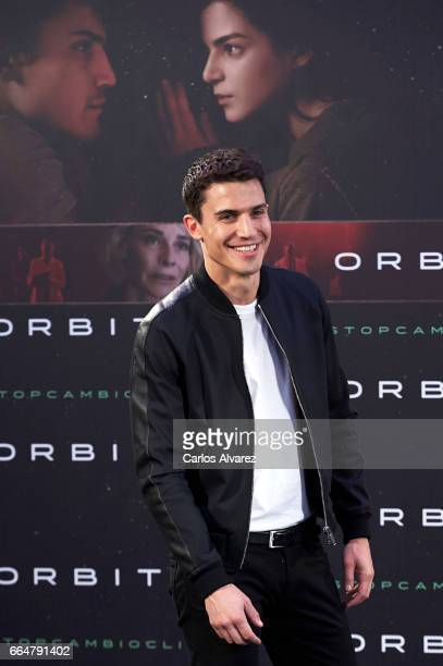 Spansih actor Alex Gonzalez attends 'Orbita 9' photocall at the Telefonica Flagship Store on April 5 2017 in Madrid Spain