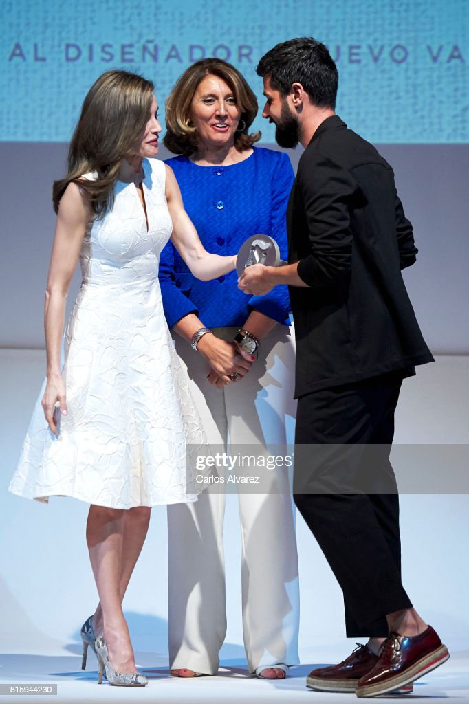 Spansih designer Moises Nieto (R) receives from Queen Letizia of Spain (L) the National Fashion Award 2017 at Museo del Traje on July 17, 2017 in Madrid, Spain.