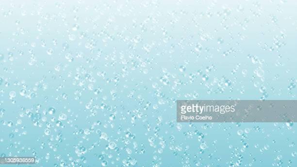 sparkling bubbles - koolzuurhoudende drank stockfoto's en -beelden
