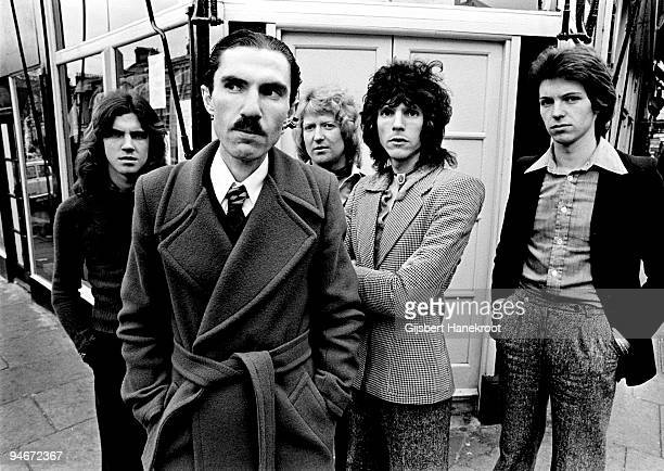 """Sparks posed in Amsterdam, Holland in 1975 L-R Trevor White, Ron Mael, Norman """"Dinky"""" Diamond, Russell Mael, Adrian Fisher"""
