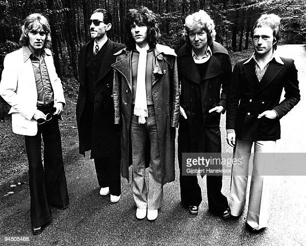 """Sparks posed in Hilversum, Netherlands in 1974 L-R Martin Gordon, Ron Mael, Russell Mael, Norman """"Dinky"""" Diamond, Adrian Fisher"""