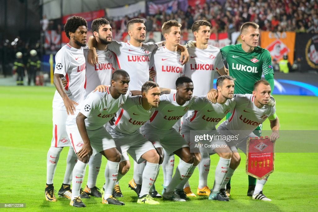 Spartak Moscow's team posesprior to the UEFA Champions League Group E match between NK Maribor and FC Spartak Moscow at the Stadium Ljudski vrt in Maribor, Slovenia on September 13, 2017. / AFP PHOTO / Jure Makovec