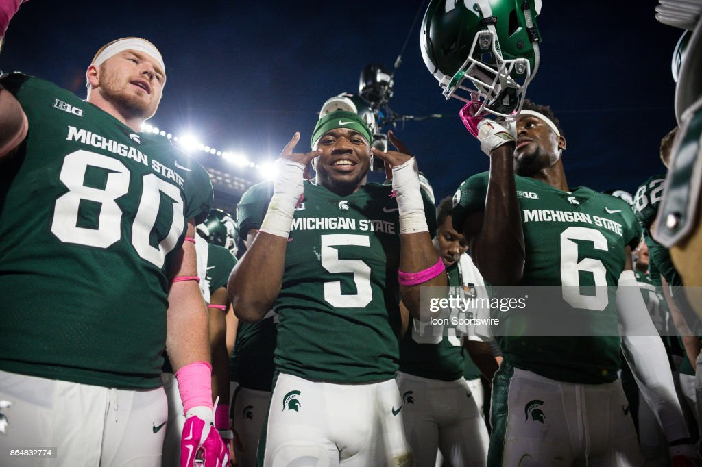 reputable site ab238 c2c74 Spartans linebacker Andrew Dowell celebrates the victory ...