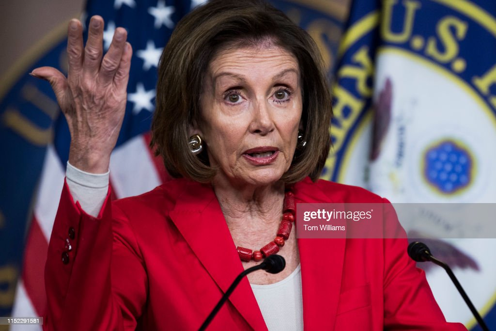 Nancy Pelosi : News Photo