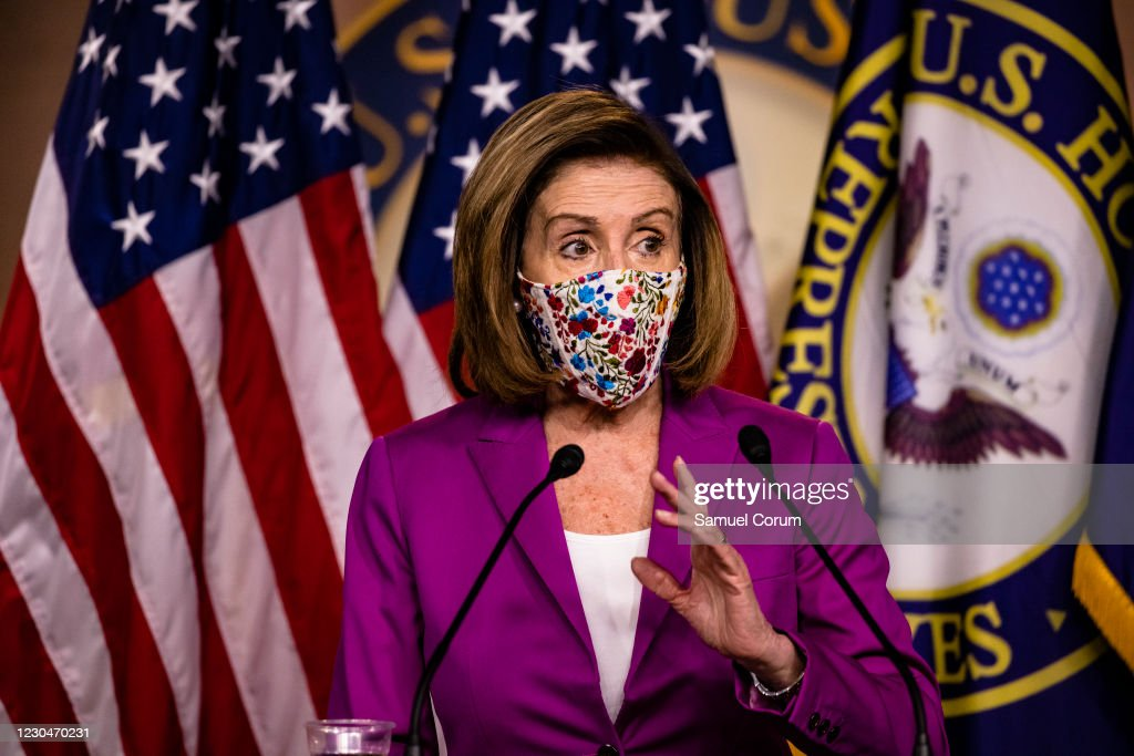 House Speaker Nancy Pelosi Holds Weekly News Conference : Nieuwsfoto's