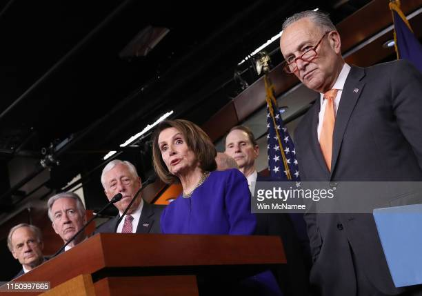 Speaker of the House Nancy Pelosi speaks at a press conference with Senate Minority Leader Chuck Schumer at the US Capitol following an aborted White...