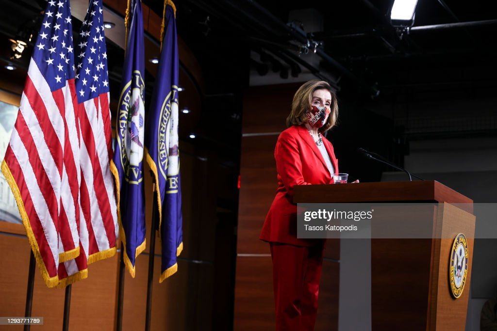 Speaker Pelosi Holds Final Weekly News Conference Of 2020 : Nyhetsfoto