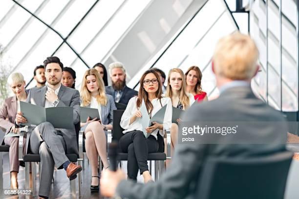 Lautsprecher Vorlage bei business-seminar