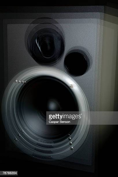 a speaker vibrating - shaking stock pictures, royalty-free photos & images