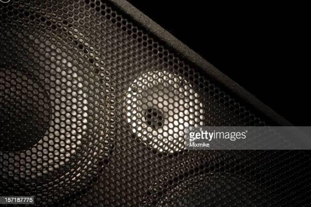 speaker_03