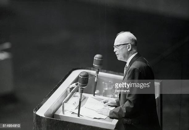 Speaking before the United Nations, on December 8th, President Eisenhower proposes that all the atomic powers of Russia include or pool at least part...