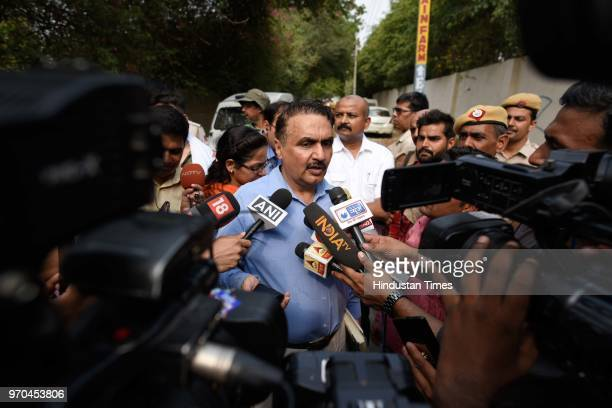 Special Cell Pramod Kushwaha speaks to journalists at the site of an encounter between the Special Cell and a gang of criminals in the Fatehpur Beris...