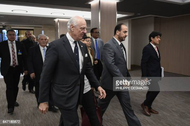 UN Special Envoy of the SecretaryGeneral for Syria Staffan de Mistura arrives with Syria's main opposition High Negotiations Committee leader Nasr...