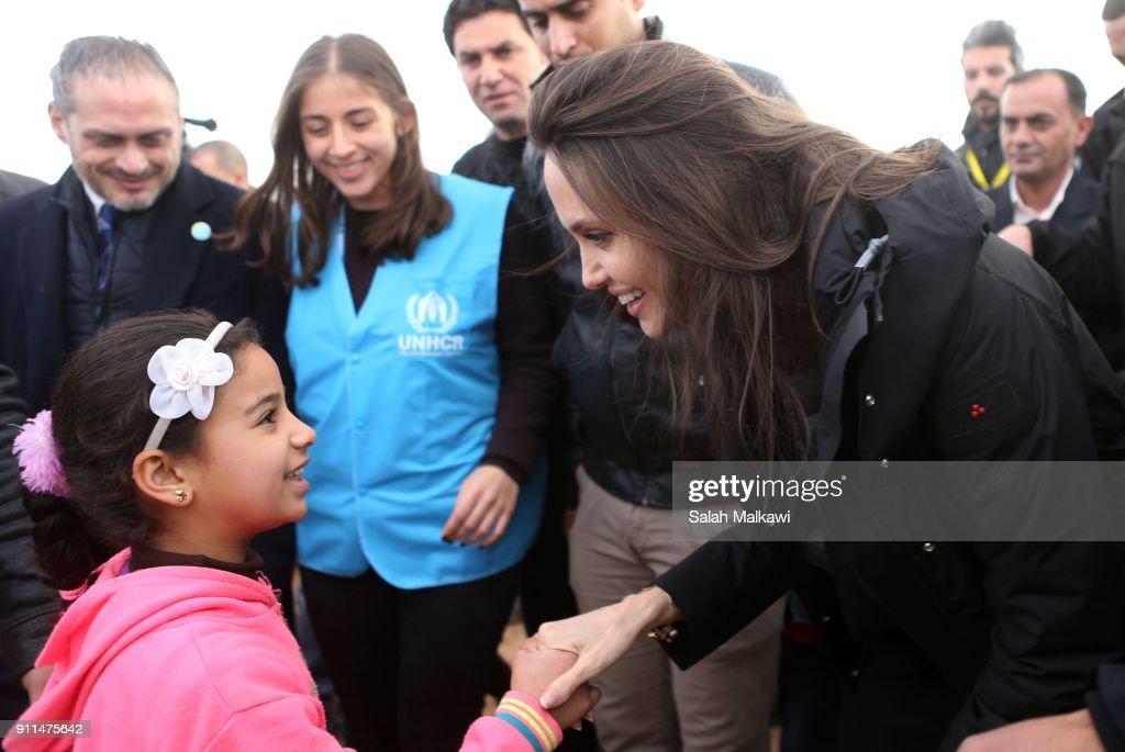 JOR: Angelina Jolie Visits Zaatari Refugees Camp : News Photo