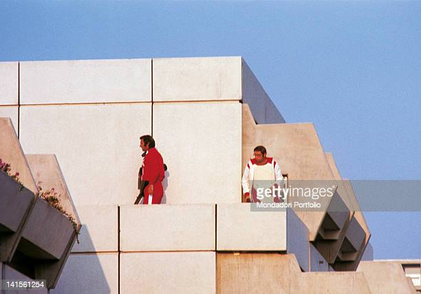 Special forces in position during the hostagetaking of the Israeli athletes Munich Olympic Games 1972