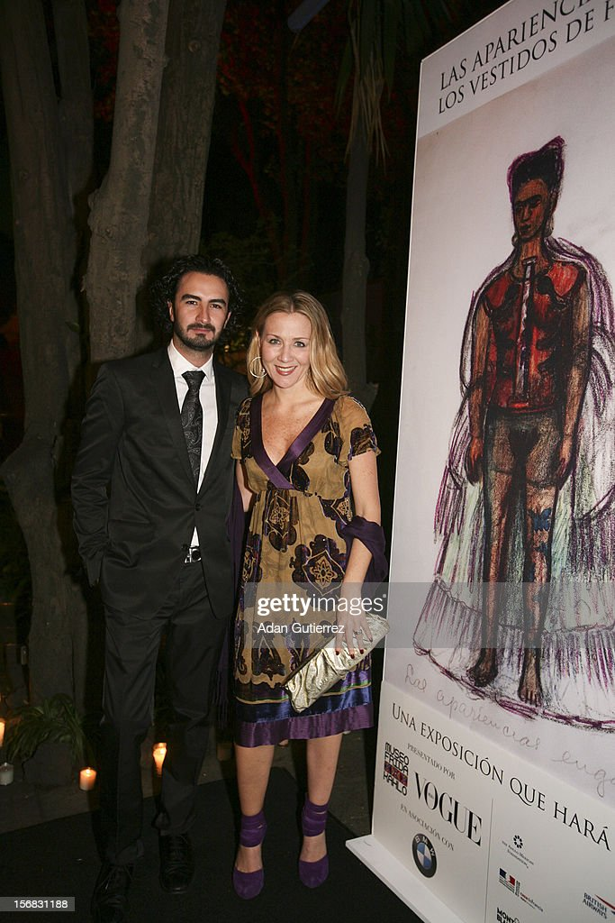 Special guests pose for a photo during the presentation of the exhibition Las Apariencias Engañan: The Frida Kahlo Dresses presented by Vogue magazine at Frida Kahlo´s museum on November 21, 2012 in Mexico City, Mexico.